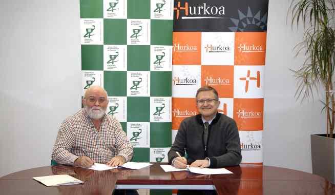 Los presidentes de Hurkoa y del COFG tras la firma del acuerdo