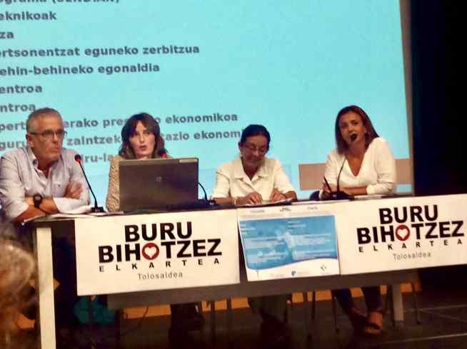 Hurkoa participa en Tolosa en una charla sobre servicios de apoyo a personas con Alzheimer